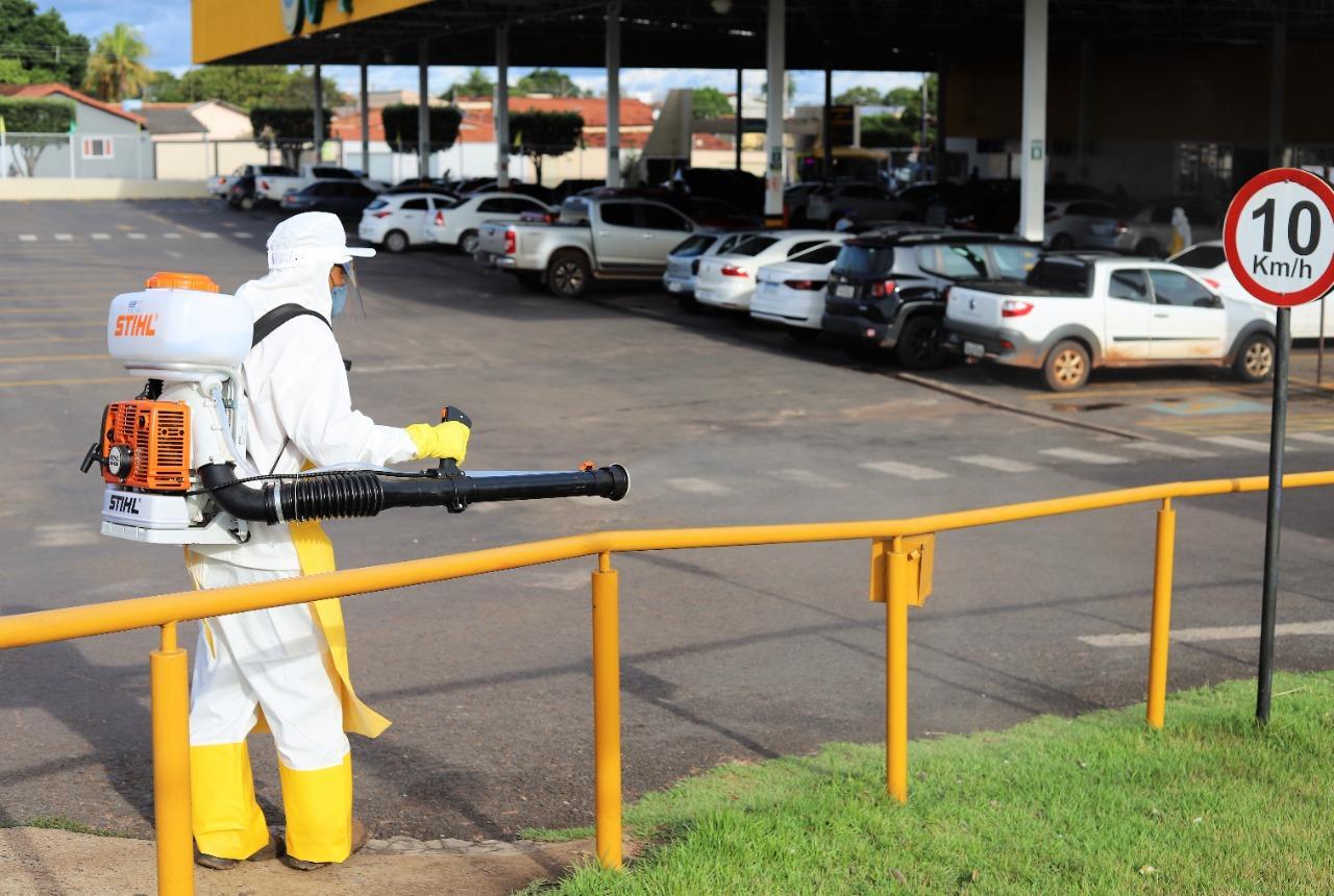 Lojas do Campelo passam por desinfecção diariamente